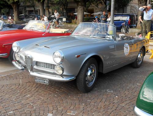 AlfaRomeo-2000-spider-Touring-1960