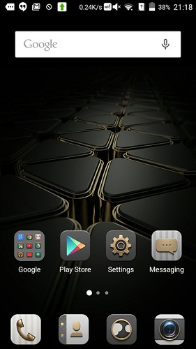 Home screen ของ ZTE Axon Elite