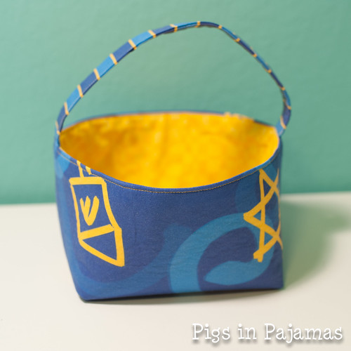 Hannukah short basket