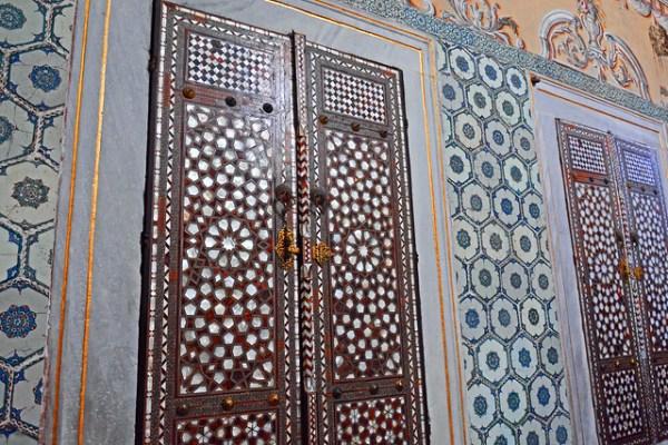 トプカプ宮殿の螺鈿の扉4