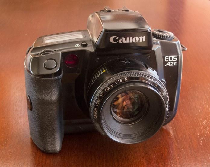 Canon EOS A2e