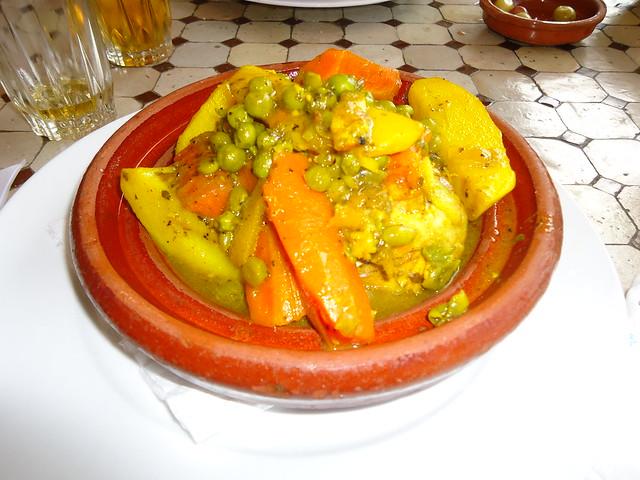 Tajine de pollo y verduras
