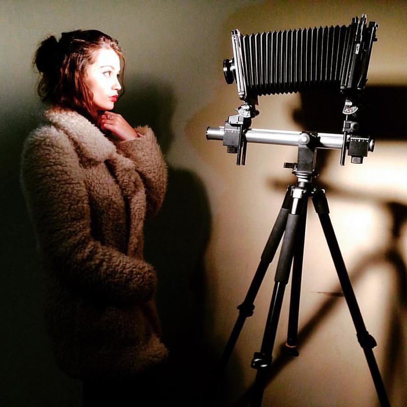 Sinar F2 #4x5 #largeformatphotography #largeformat #sinarf2 #sinar #fomapan100 #model #studio #coventry #film #filmcamera #vintagecamera #lovefilm #filmisnotdead #believeinfilm
