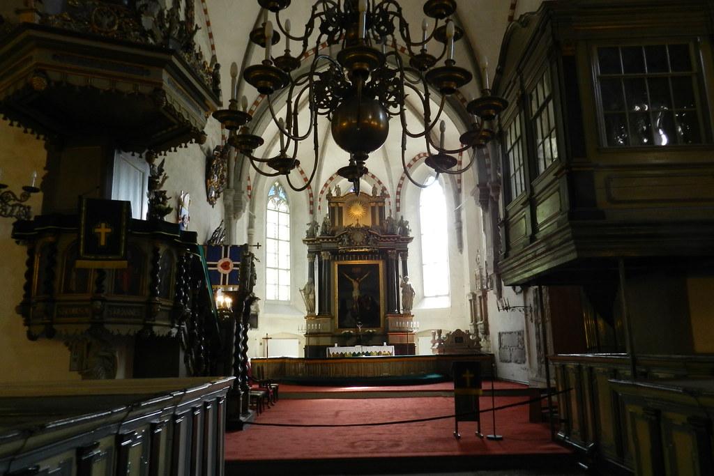 altar mayor interior Catedral Luterana de la Virgen Maria Tallin Estonia 11