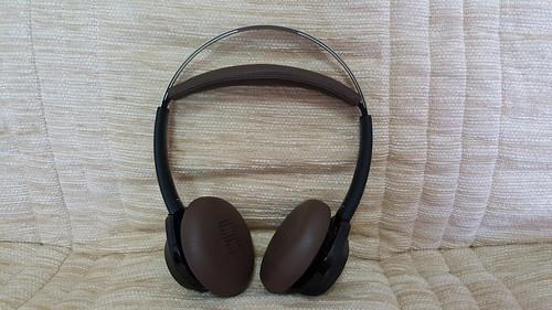 หูฟัง Plantronics BackBeat Sense