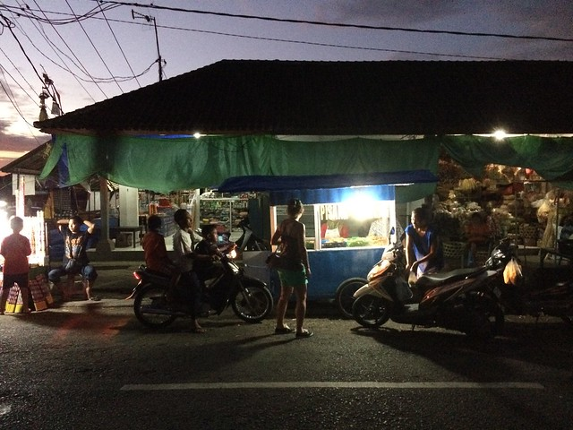 Kerambitan night market