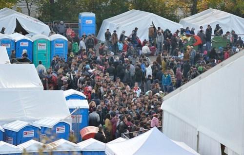 20151024 Grenzübergang Spielfeld #refugeeswelcome