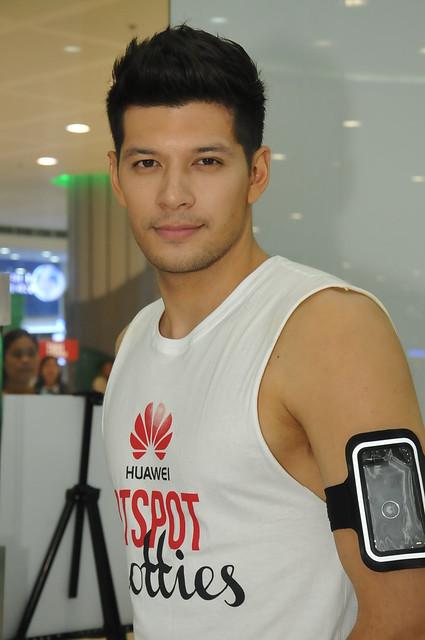 Huawei Hotspot Hottie Graham 2