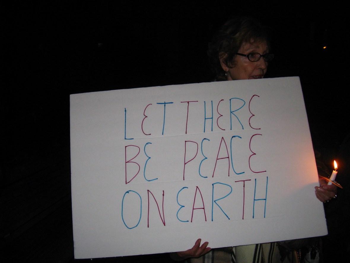 Eureka,CA Candlelight Vigil - CNV 2016 (5)