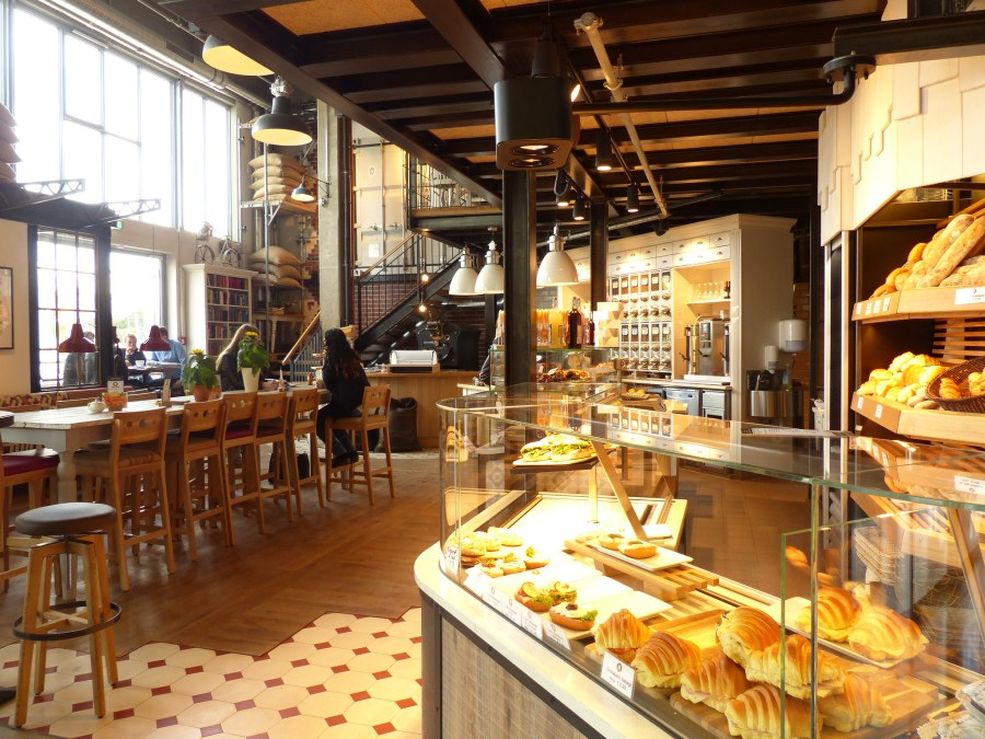 kaffee und kuchen in Hamburg | foto door Eloisa Ozonas