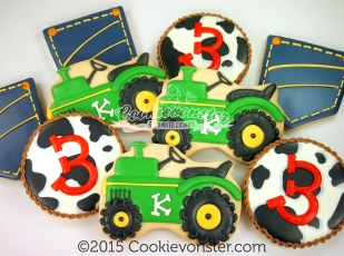 JohnDeere Farm themed cookie