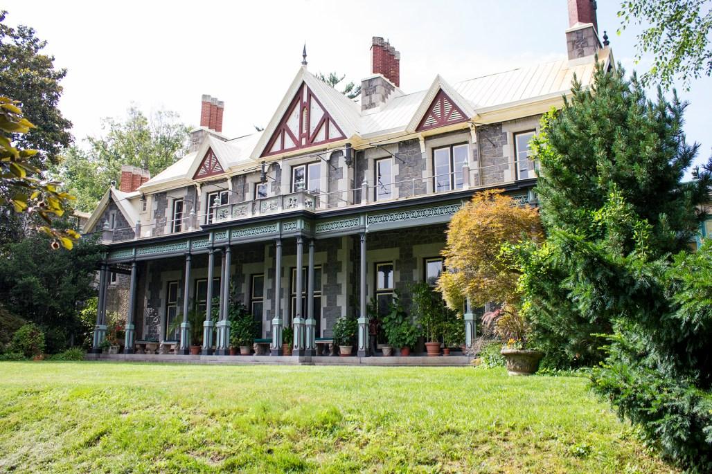 rockwood-mansion-park-back