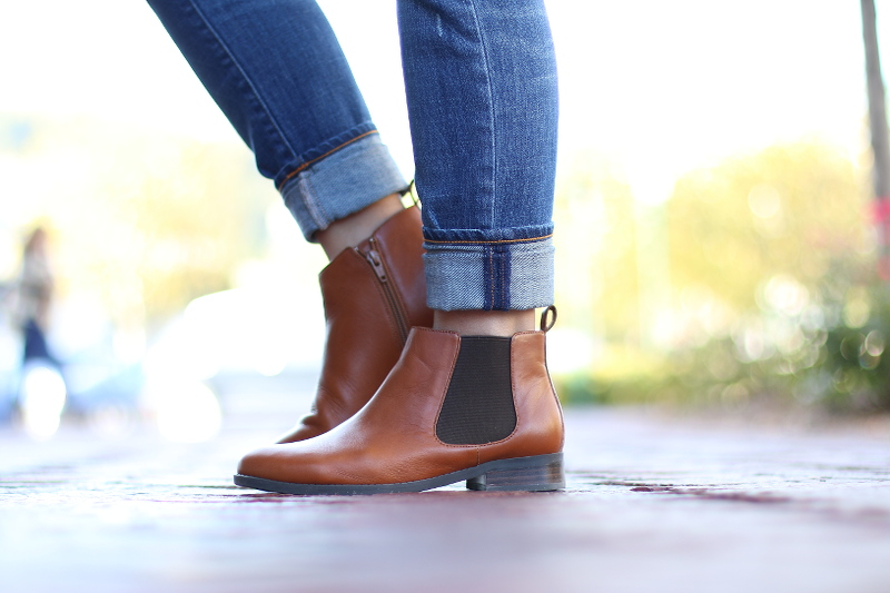 Vionic-Nadelle-Chelsea-Boots-1