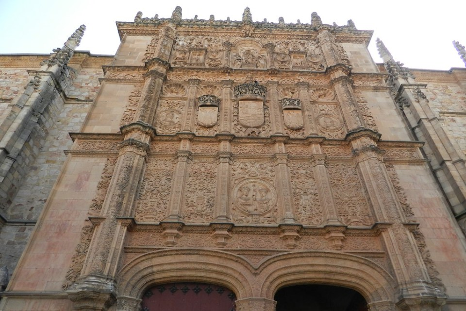 Fachada Escuelas Mayores Universidad de Salamanca 02