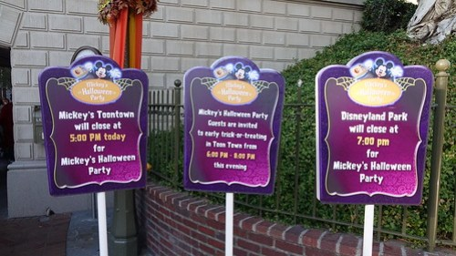 Disneyland Mickey's Halloween Party