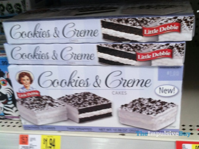 Little Debbie Cookies & Creme Cakes