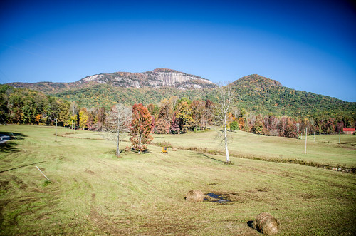 Table Rock with Fall Leaves-009