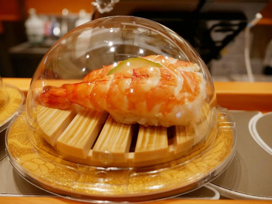 [中壢美食]合點壽司.華泰店 迴轉壽司七種價位任你挑~滿溢鮭魚卵多到滿出來.每日隱藏版壽司和鮪魚上菜秀 @VIVIYU小世界