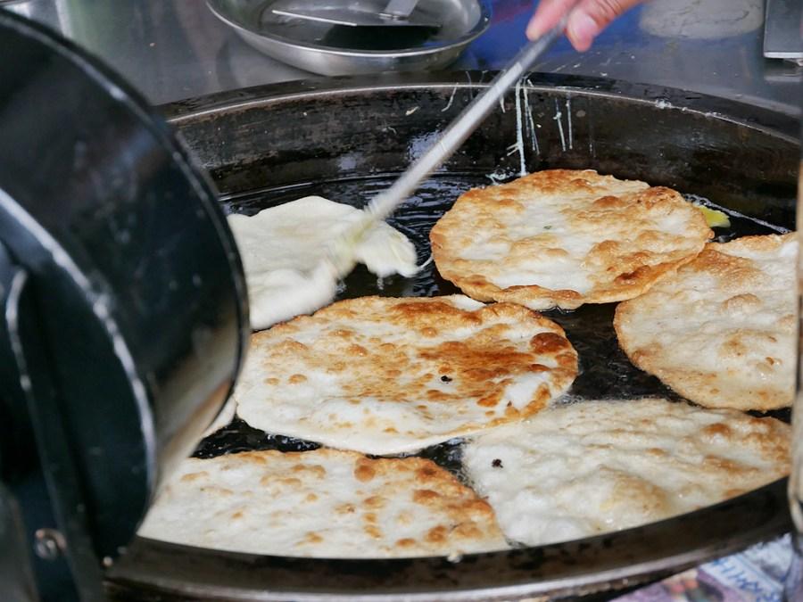 [南投美食]小米蛋餅|沒有小米的蛋餅~在地人推薦發財車銅板美食.排隊美食 @VIVIYU小世界