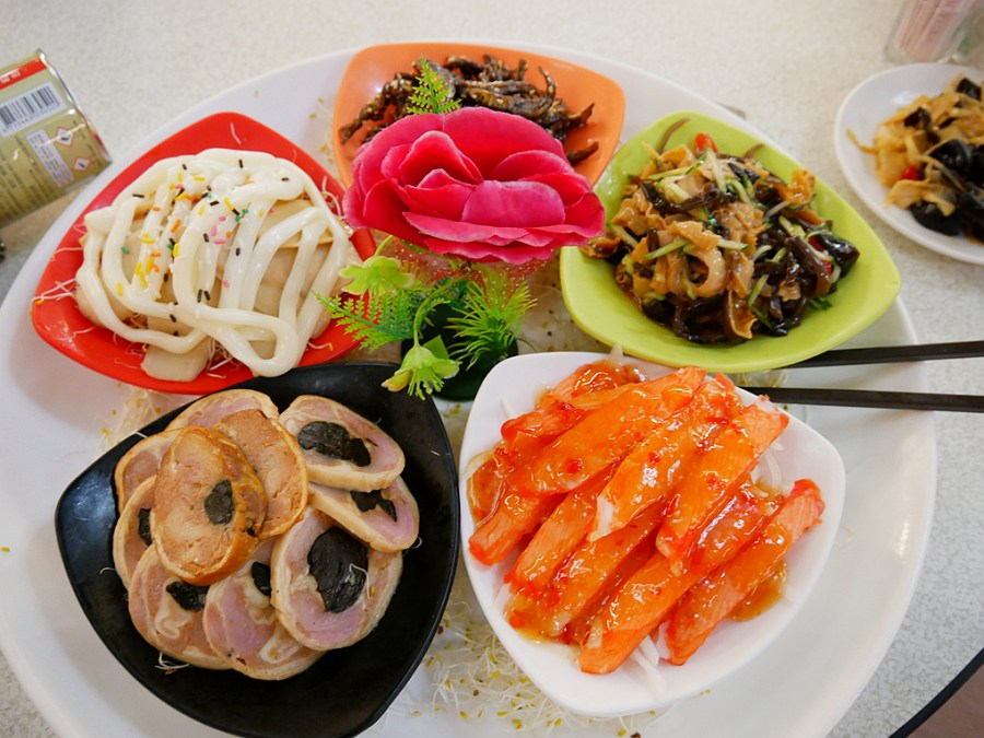 [八德美食]新福臨小館|客家川味平價料理~母親節享用合菜料理 @VIVIYU小世界