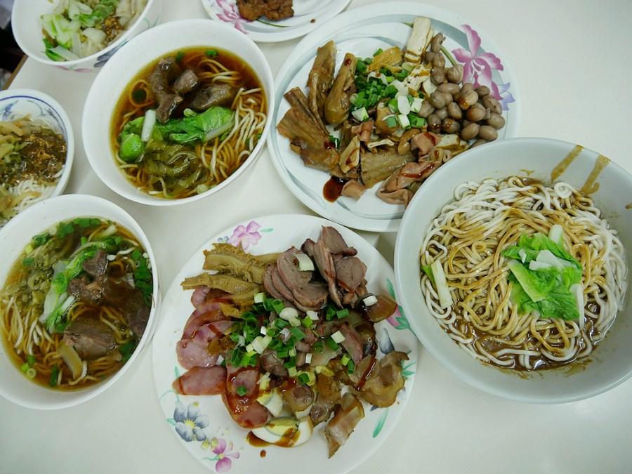 [南投美食]中興新村小吃|老胡麵館、王品桂花酸梅湯~在地傳承六十年的老味道 @VIVIYU小世界