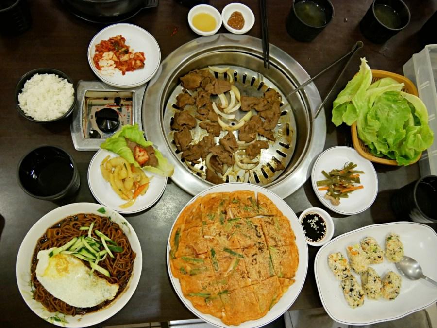嗨摩妮,桃園美食,武陵高中,武陵高中美食,石鍋拌飯,韓國烤肉,韓式料理,韓式炸醬麵 @VIVIYU小世界