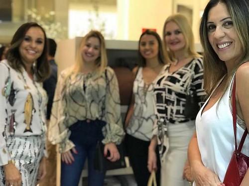 Karina, Natália, Bárbara, Úrsula e Claudinha - Cópia