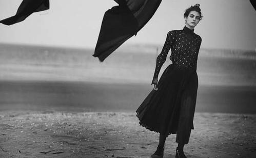 Vogue-Alemanha-julho-2019_fotografada_por_Peter-Lindbergh_00000000004