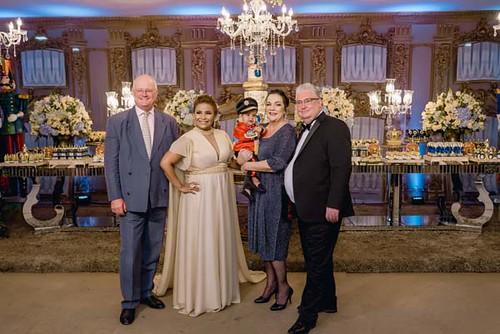 Os anfitriões com os padrinhos de Benjamin, Douglas e Cristina Lodi Dias