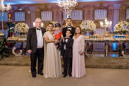 A família com a avó, Ivanete Alves