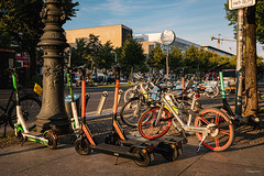 Berlin / Aug 2019 / Unter den Linden / City Bikes