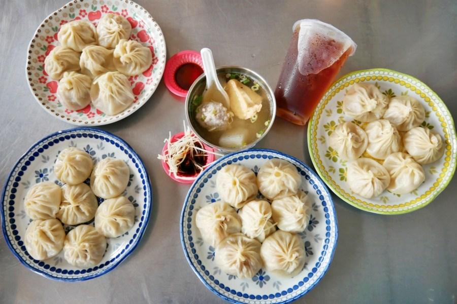 [彰化美食]秀水湯包|網友公認的平民版鼎泰豐~湯汁飽滿肉質鮮甜 ‧現點現做現蒸就是美味保證 @VIVIYU小世界