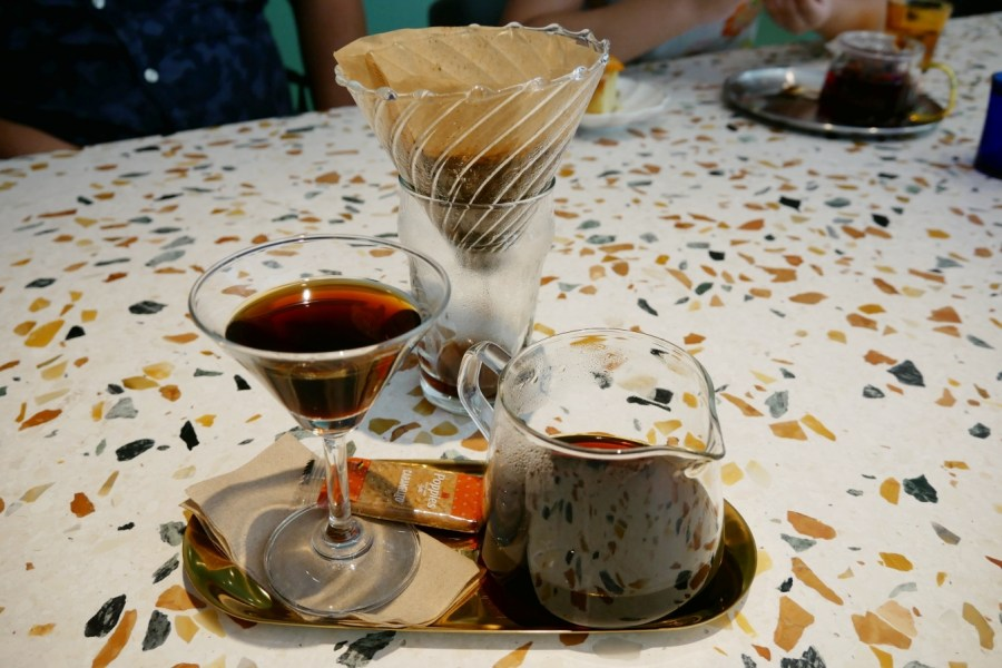 [龜山美食]鹿麓復古五金專門店.Rulu Café|甜點咖啡&復古五金複合式經營~大湖紀念公園對面.鄰近林口長庚醫院 @VIVIYU小世界