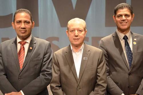 Dr. Gilberto Simão de Melo, José Maria Facundes e Dr. Wagner Pinto - Solenidade de entrega da Medalha Distinção Polícia Civil de 2019 - Foto Emmanuel Franco (2)