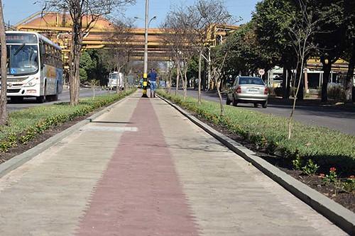 Aplicação de blocos na avenida 5 da Usina de Ipatinga cópia