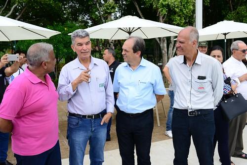 Nardyello Rocha, prefeito de Ipatinga; Elias Caetano, pres da AAPI (Associação dos Aposentados de Ipatinga); Luciano Araújo, vice-presidente da Fiemg e Sérgio Fassheber, gerente Geral da Usipa