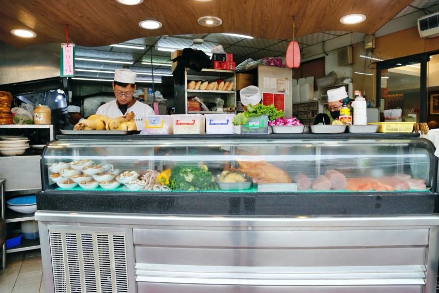 [嘉義美食]蚵庄海產餐廳|滿滿海鮮料理隨意點~首推黑蒜頭雞湯.深受在地人推薦 @VIVIYU小世界