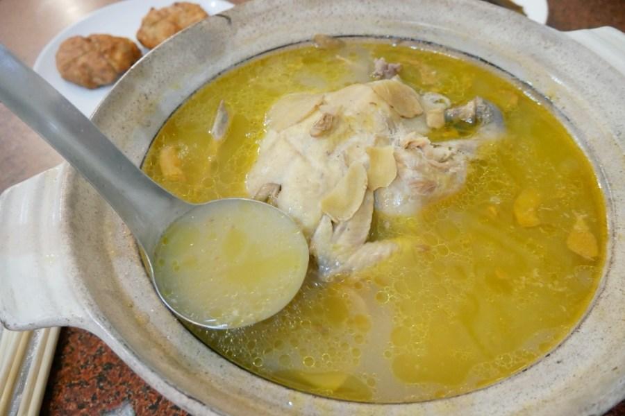[苗栗美食]聞香下馬|苗栗苑裡市場附近必嚐悶土雞~客家料理菜色平價一雞兩吃 @VIVIYU小世界