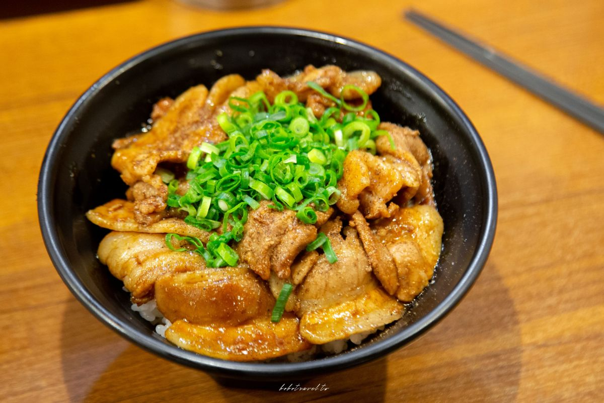 上野豚丼9