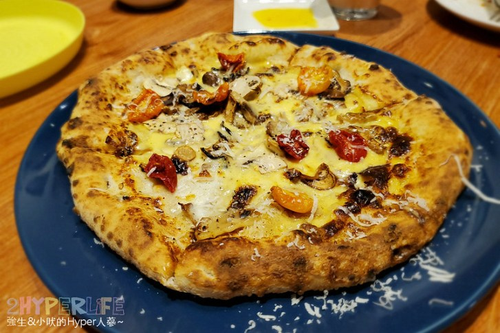 49881985843 839089de88 c - 把義大利做Pizza那套搬過來,Amore Pizzeria Napoletana的窯燒披薩還蠻值得一試的哦!