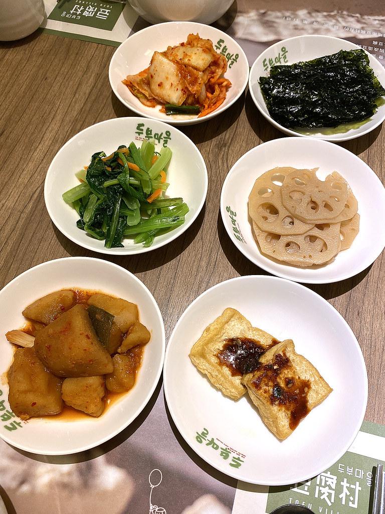 豆腐村 什麼都好好吃的韓國料理 小菜飲料冰品吃到飽 - 隨裕而安