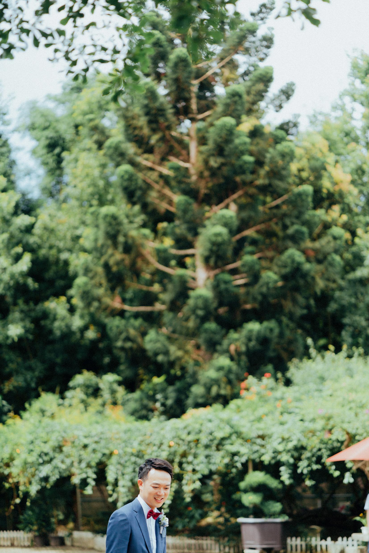 """""""美式婚紗.美式婚禮.婚禮.戶外婚禮.互動婚紗.自然婚紗.清新自然.笑容.情感.新竹.80巷庭園.草地.婚紗.攝影師.台北攝影.桃園攝影.新竹攝影.北部攝影.冬伴影像"""""""