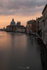 Una classica alba veneziana, 2 di 3.Venezia, agosto 2020.