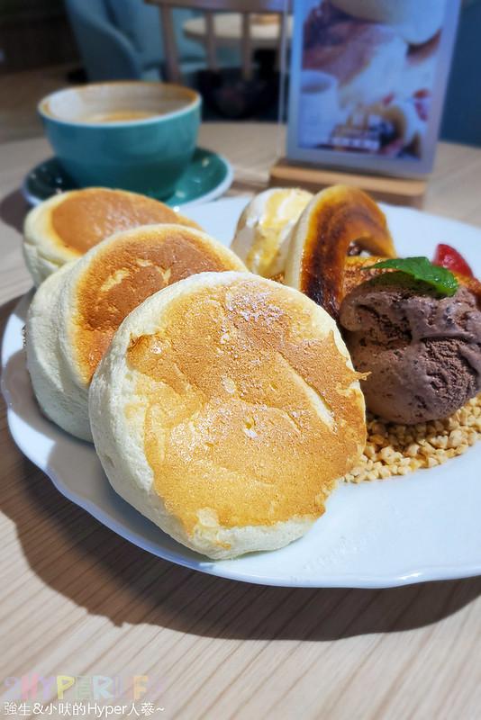 50370033651 ae56ee01a3 c - 從桃園開來台中的貴婦午茶風甜點,超厚舒芙蕾鬆餅吃完整個大滿足!