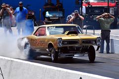 The Gold Rush Pontiac GTO A/FX heating 'em