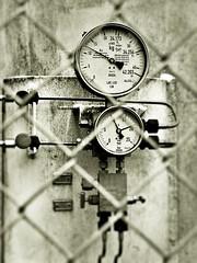 pressure gauges of the oxygen tank...