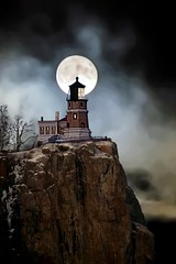 Full Moon Split Rock Lighthouse
