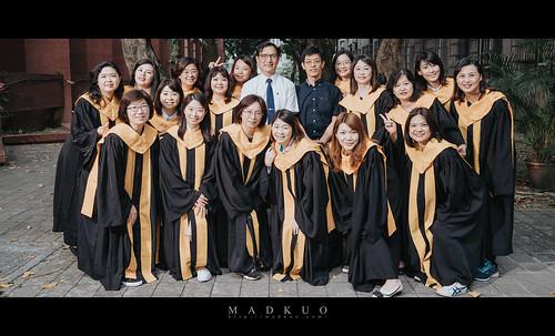 嘉義大學EMBA畢業照