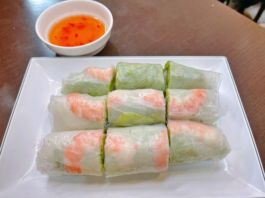 [桃園美食]回香越南美食館 寶山黃昏市場旁平價越南小吃~份量多湯頭清爽 @VIVIYU小世界