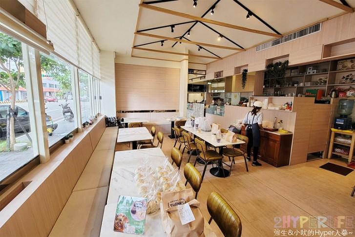 51262461497 522021d422 c - 這家義式小館的外帶精緻餐盒價格挺實惠,190元就能吃到整隻鹽煮透抽義大利麵!
